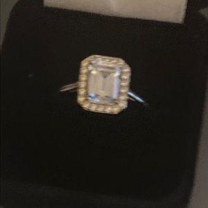 Diamonique Emerald cut Ring 14 kt yellow gold
